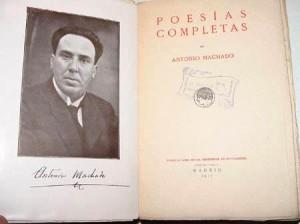 Machado_foto_firma_y_libro 1917
